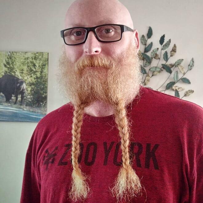 Full Stumble Beard With Two Braids