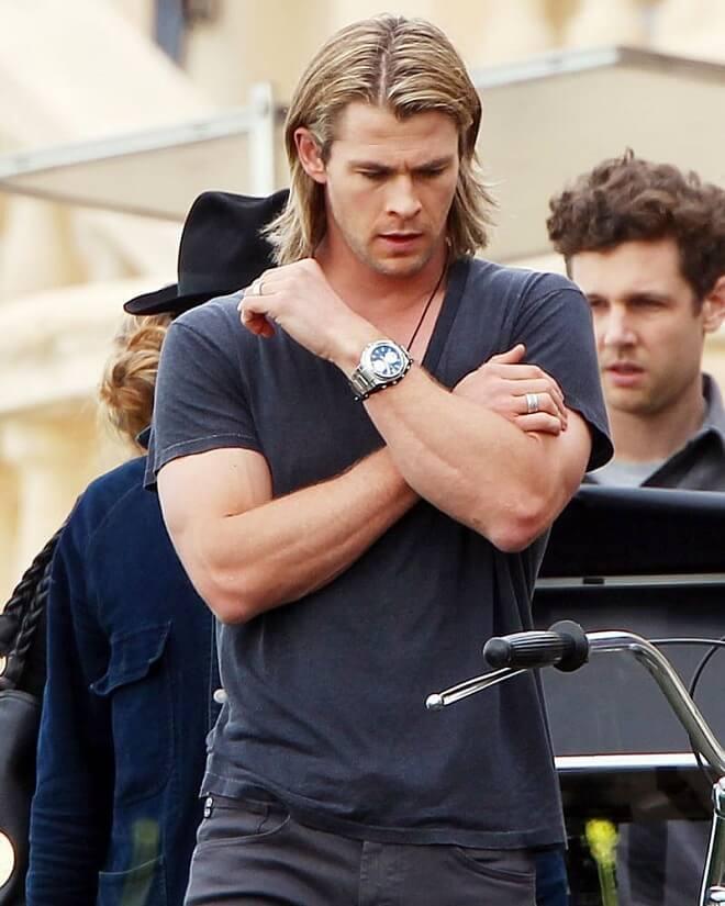Chris Hemsworth Blonde Long Straight Casual