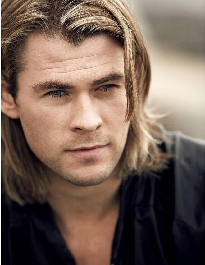 Chris Hemsworth Long Fringe Haircut