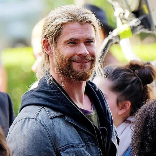 Chris Hemsworth Long Hairstyle With Beard Style