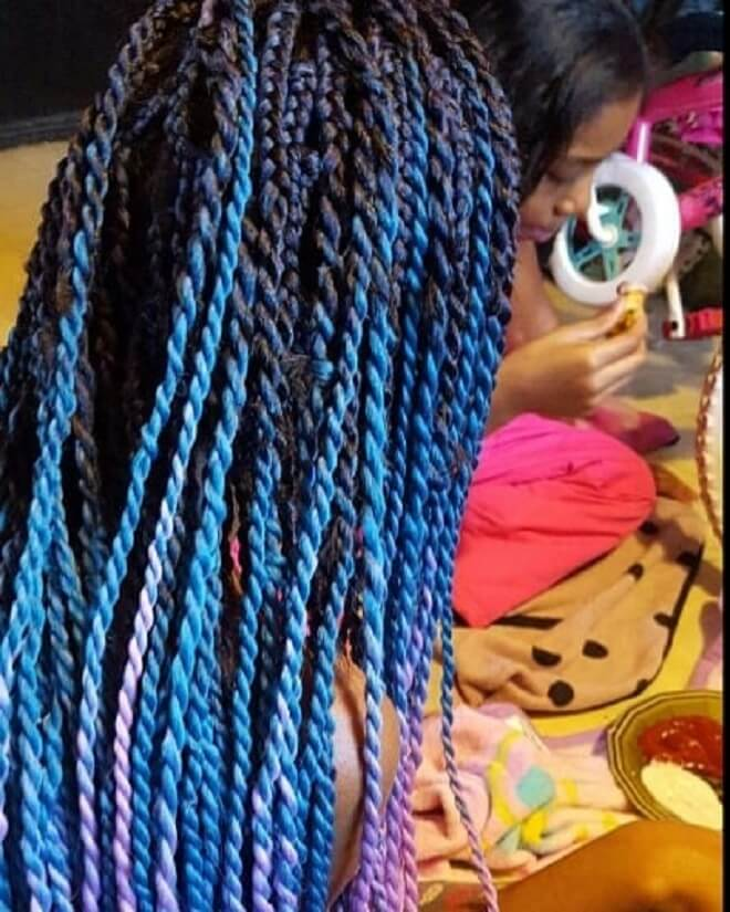 Color in Blue Twist