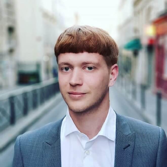 Gentlemen Haircut