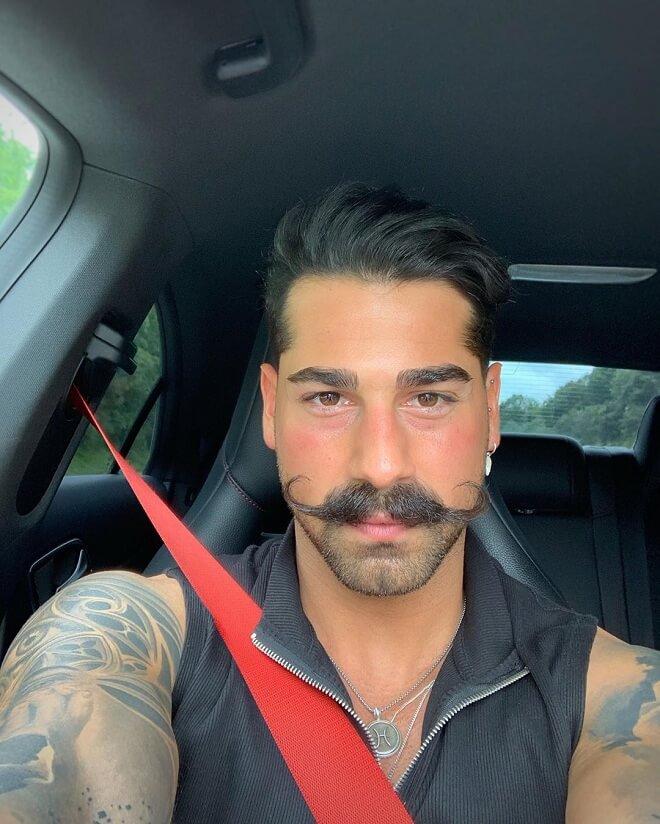 Handlebar Mustache with Stubble Beard