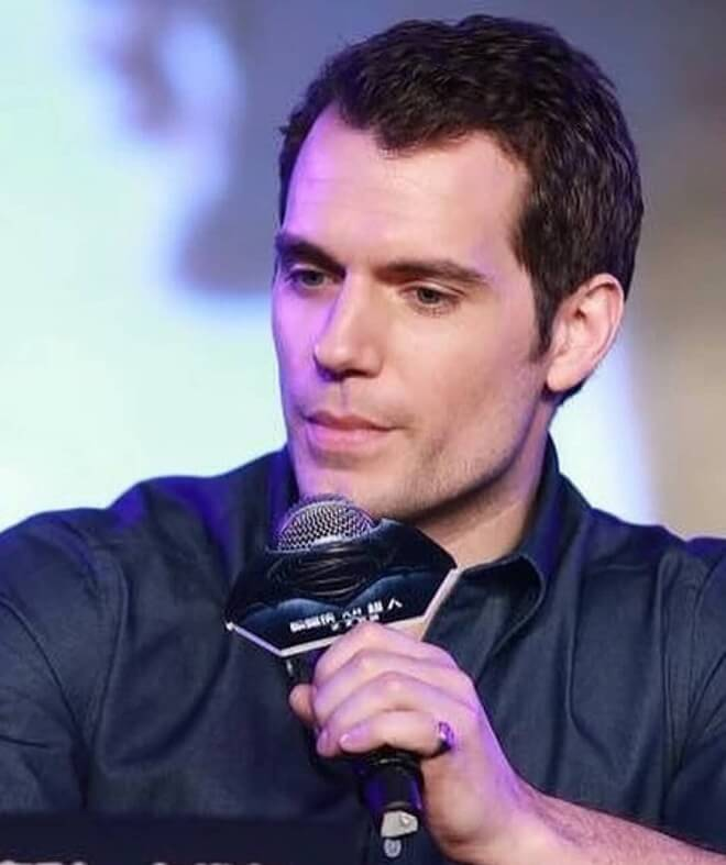 Henry Cavill Short Hairstyle
