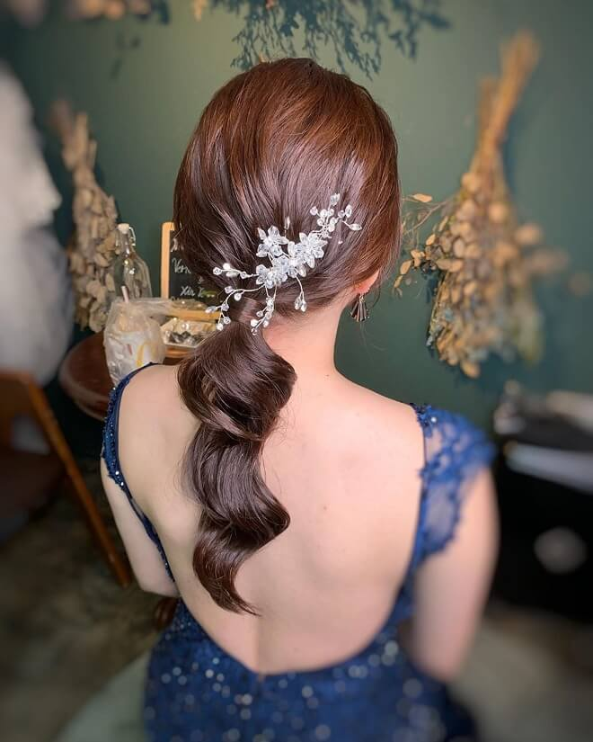 Ponytails Hairstyle for Wedding
